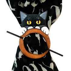 gattoso ferma foulard in legno dipinto a mano www.gattosi.com