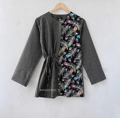 @simply2simply Batik Kebaya, Kebaya Dress, Batik Dress, Batik Fashion, Hijab Fashion, Fashion Outfits, Womens Fashion, Tunic Designs, Kurti Neck Designs