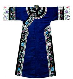 China, late Qing dynasty, blue satin silk dress, floral embroidery