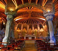Barcelona Cripta de la Colònia Güell (Santa Coloma de Cervelló) -