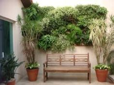 20 Fabulous Mini Garden Design Ideas for Narrow Space Little Gardens, Back Gardens, Small Gardens, Diy Wall Planter, Vertical Wall Planters, Planter Pots, Garden Bathroom, Estilo Tropical, Vegetable Garden Design