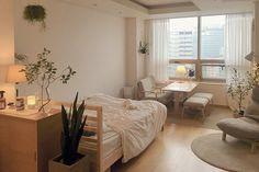 Small room design – Home Decor Interior Designs Home Bedroom, Bedroom Decor, Master Bedroom, Decor For Small Bedroom, Small Room Design Bedroom, Bedroom 2018, Single Bedroom, Bedroom Red, Budget Bedroom