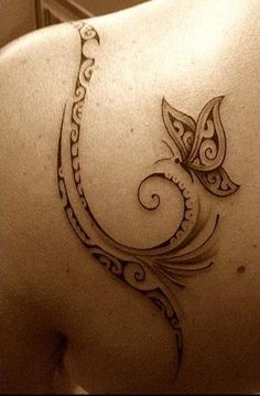 Star instead of butterfly Mother Tattoos, Mother Daughter Tattoos, Tattoos For Daughters, Bird Tattoo Wrist, Back Tattoo, Box Braids Hairstyles For Black Women, Feather Tattoo Design, Ink Master, Body Art Tattoos