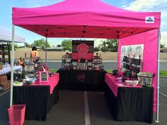 Perfect- Perfectly Posh Tent! & Perfectly Posh #organized #craft vendor display. This vendor was ...