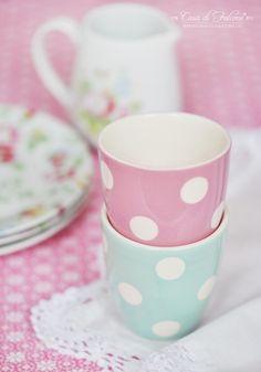 Kleiner Becher Polka Dots rosa