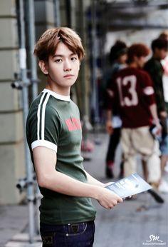 EXO - DIE JUNGS PHOTOBOOK #Baekhyun