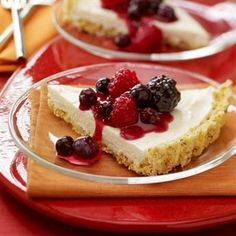 Cheesecake Tart with Popcorn Crust and Berries - perfect treat for an Oscar viewing.