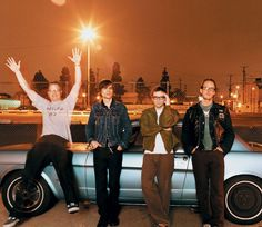 Win a pair of VIP wristbands to see @Weezer in concert on August 2 #utcontests