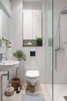 New Ideas Bathroom Renovations Small Bath Remodel Small Bathroom Renovations, Small Space Bathroom, Tiny House Bathroom, Bathroom Design Small, Bathroom Interior Design, Boho Bathroom, Small Bathrooms, Bathroom Tub Shower, Tub Shower Combo