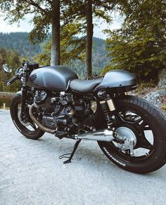 Cx500 Cafe Racer, Cx 500, Honda Cx500, Custom Bikes, Mens Fashion, Cool Stuff, Vehicles, Motorcycles, Wheels