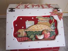 zülüşün işleri: Ahşap boyama ekmek kutusu... Chalk Paint, Decoupage, Lunch Box, Bread, Handmade, Paintings, Art, Bread Holder, Pintura