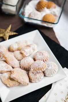 Vánoční cukroví: 3x super snadné nápady z kokosu - Proženy Czech Recipes, Cereal, Deserts, Baking, Czech Food, Breakfast, Sweet, Christmas, Sweets