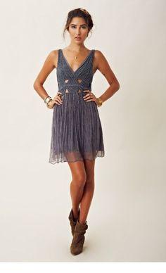 6771b23f823 Embellished silk v neck dress - Miladies.net