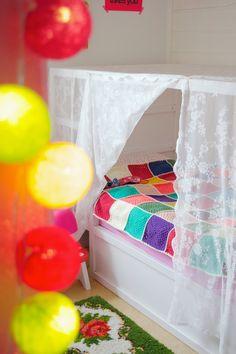 Ikea gordijn als hemeltje, zelfde bed als Elin