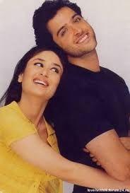 Hrithik Roshan and Kareena Kapoor Bollywood Stars, Bollywood Couples, Kareena Kapoor Wedding, Kareena Kapoor Khan, Kareena Kapoor Movies, Indian Celebrities, Bollywood Celebrities, Bollywood Actress, Raja Hindustani