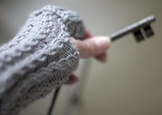 Ravelry: gray dawn pattern by Theresa Lasichak :: another hand warmer knit pattern :: by me