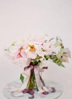 romantic, loose bouquet | Odalys Mendez Photography, Joy Thigpen