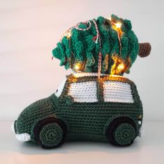 Christmas Yarn, Christmas Tree Pattern, Christmas Crochet Patterns, Christmas Knitting, Winter Christmas, Christmas Crafts, Christmas Ornaments, Crochet Car, Crochet Toys