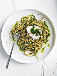 Wholewheat Spaghetti With Cavolo Nero Pesto And Goats Curd | Donna Hay