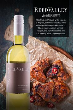 ReedValley Wine in South Africa offers reds that are dark and spicy, yet elegant, and fresh and fruity whites, perfect for everyday enjoyment. White Wine, Spicy, Fresh, Food, Sparkling Wine, Wine Pairings, Essen, White Wines, Meals