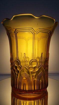 """Online veilinghuis Catawiki: Val Saint Lambert - Art deco vaas """"Cyclamen"""" in zeldzaam geel!!"""