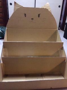 Baby Crafts, Diy And Crafts, Crafts For Kids, Cardboard Box Crafts, Paper Crafts, Bookshelves Kids, Book Holders, School Decorations, Diy Box
