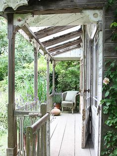 I'd like a small porch off the master bedroom