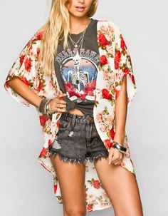 6 (And A Half) Ways To Style A Graphic Tee - Country Girl Blog