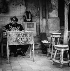 photography: life on the streets of granada — along dusty roads