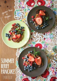 Pure Ella | Gluten-free and Vegan Summer Berry Pancakes #glutenfree #vegan #breakfast #pancakes