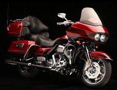 Harley-Davidson CVO Road Glide Ultra genialidad desde fabrica