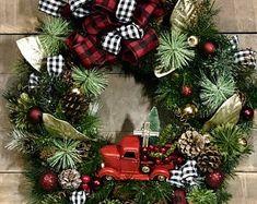 Creating Beauty in the Celebration of Life by CelebrationsDesignCo Custom Christmas Ornaments, Christmas Wreaths, Forsythia Wreath, Wreath Boxes, Diy Crafts Vintage, California Poppy, Valentine Wreath, Custom Wood, Custom Framing