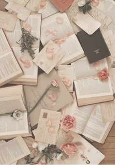 love letters Liebesbriefe Summer Sale - Books and bookish things - Flowers Background, Unicornios Wallpaper, Wallpaper Backgrounds, Bedtime Stories, Photo Instagram, Lettering, Romance Novels, Read Aloud, Love Letters