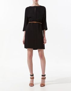 Photography dress - clean, simple, chic, and professional. Perfect!