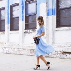 Jenny wearing the Jimmy Choo VALOR pumps and carrying the REBEL bag at #NYFW {Regram: @margoandme}