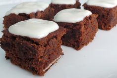 Healthy Chocolate Pumpkin Protein Squares | Clean 'N Dirty Treats