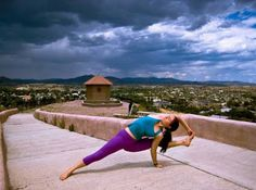 Yoga Poses in extreme places   yoga poses pictures