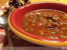 **Crock Pot Beef Vegetable Soup** Ingredient: 2 lbs of ground beef (I've used ground turkey for healthier version) 2 large cans of Vegetable Juice… 1 bag of frozen vegetables 1 large can of diced tomatoes 1 large onion (chopped) 1 teaspoon of. Vegetable Soup Ingredients, Vegetable Soup Crock Pot, Beef Veggie Soup, Crock Pot Vegetables, Crock Pot Soup, Frozen Vegetables, Hamburger Steak Recipes, Beef Soup Recipes, Healthy Crockpot Recipes