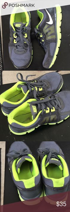 Women's Nike Dual Fusion  st2 Size 10 bright neon yellow green only worn twice no odor see pics comes from a smoke free clean home Shoes Athletic Shoes