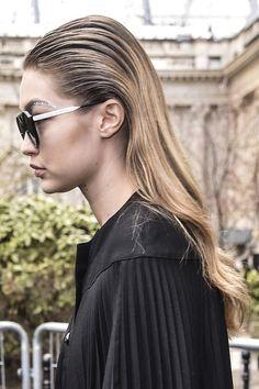 Les plus belles coiffures de Gigi Hadid : cheveux plaques