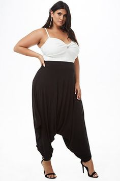 Forever 21 Plus Size Tube Harem Jumpsuit Plus Size Harem Pants, Plus Size Jumpsuit, Plus Size Skirts, Plus Size Outfits, Looks Plus Size, Plus Size Model, Curvy Women Fashion, Plus Size Fashion, Resort Dresses