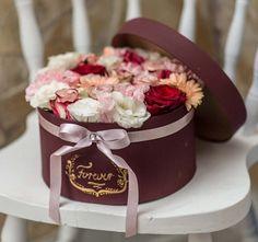 Élő virágok – Vintage World #flower #virág #virágdoboz # flower box