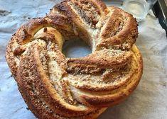 Mini-Croissants - Backen mit Christina Strudel, Dessert Cake Recipes, Desserts, Bagel, Bread, Baking, Food, Croissants, Mini