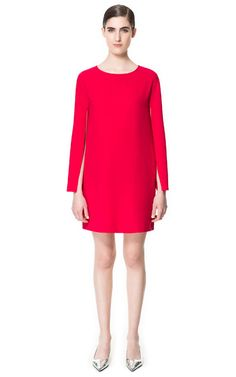 DRESS WITH CAPE SLEEVE Ref. 2324/840  89.90 USD COMPOSITION SHIPPING  RETURN