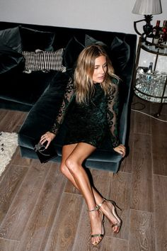 lucy-williams-topshop-velvet green and lace christmas-16-13