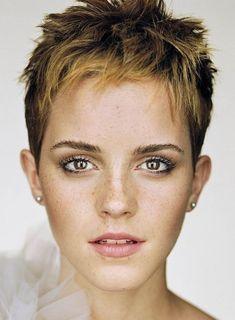 rövid+női+frizurák+-+kócos+rövid+női+frizura