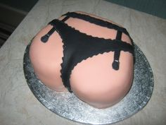 Bum Cake - Saucy ladies bottom cake for Daves 18th of Thornton Cleveleys.