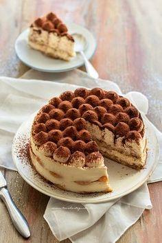 Tiramisu Cheesecake, Tiramisu Recipe, Confort Food, Deli, Food Inspiration, Sweet Recipes, Cake Decorating, Food Photography, Sweets