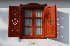 Wooden Shutters, Wooden Windows, Window Shutters, Windows And Doors, Painting Shutters, House Painting, Diy Furniture Decor, Basement Windows, Reclaimed Wood Projects