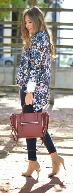 Daily New Fashion : Floral Print Blazer with Blue Distressed Skinny Je...